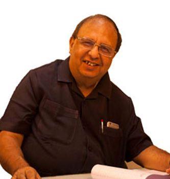 Dr Nitin Sampat