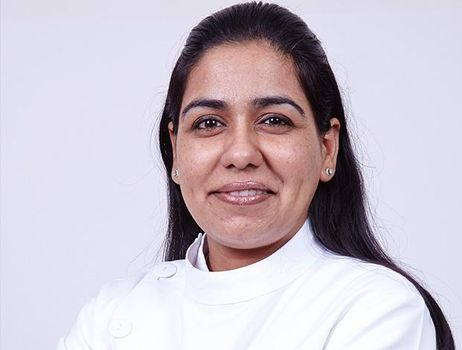 Dr Ritika Malhotra, Dentist india