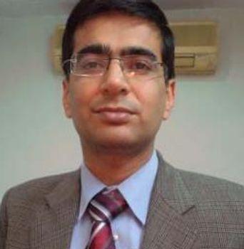 Doktor Rahul Grover