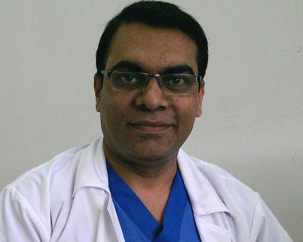 Dr Yuvaraja T B