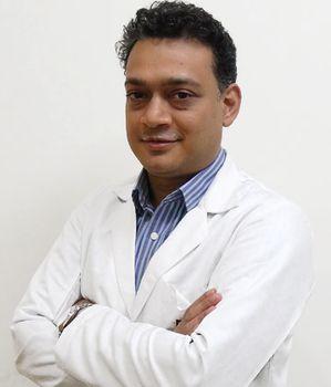 Doktor Manish Jeyn, pionchi