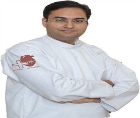دکتر Gaurav والیا
