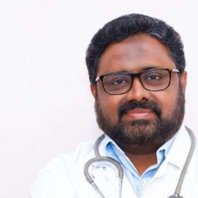 Dr. MM Salahudeen, Neurocirujano