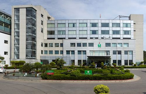 Fortis Escorts Heart institute, New Friends Colony, Delhi